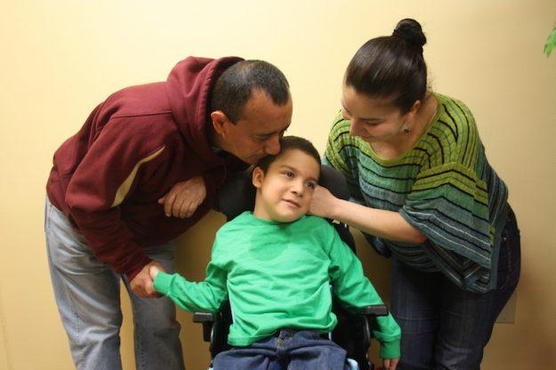 Norma y Juan Carlos buscan la solidaridad de la comunidad para poder ayudar a su pequeño Carlos Andrés.