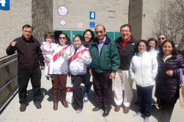 Peruanos en Boston celebran triunfo electoral.