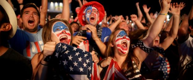 GTY_world_cup_usa_fans_jef_140625_12x5_1600