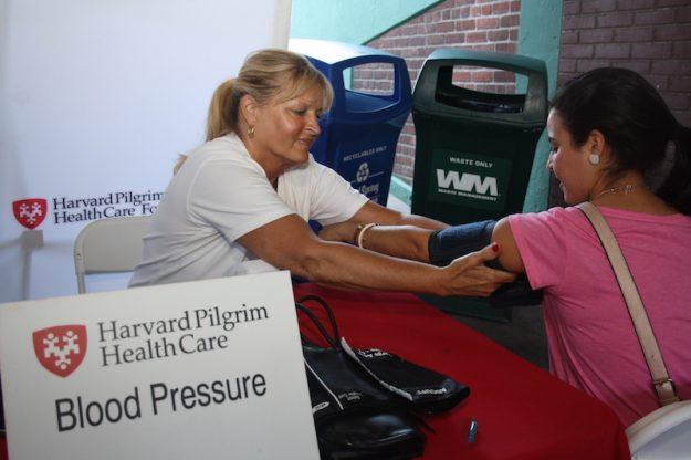 Los exámenes de salud ayudan a prevenir enfermedades.