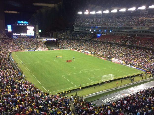 36187 aficionados asistieron al Gillette Stadium para presenciar el juego entre Brasil y Perú.