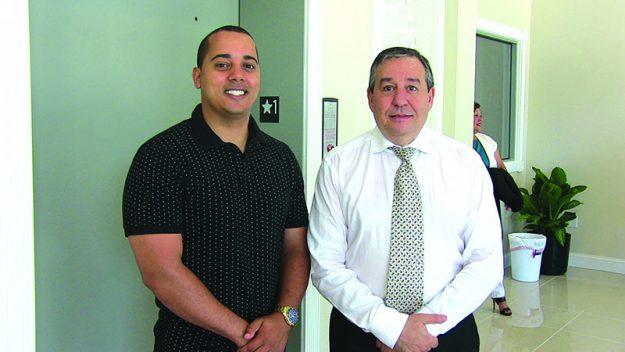 ➥➥ Johan Lopez de HomeShop Property junto a el inversionista Gamal Salama.