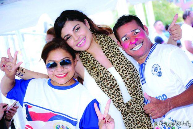 ➥➥ Foto:Wally Pérez, Erika Ruiz, Miss Belleza Latina USA 2015 Mirna Orellana y Payaso Cocolito.