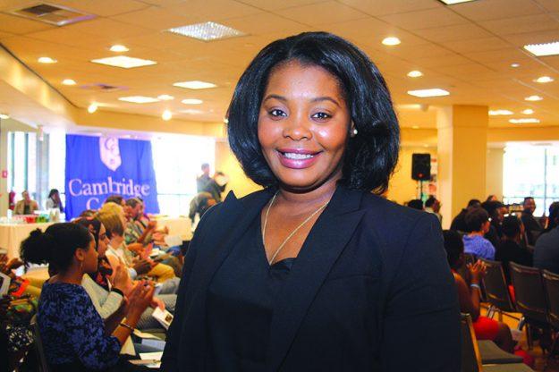 ➥➥ Teodosia Monica Angue Bivini, de Guinea Ecuatorial.