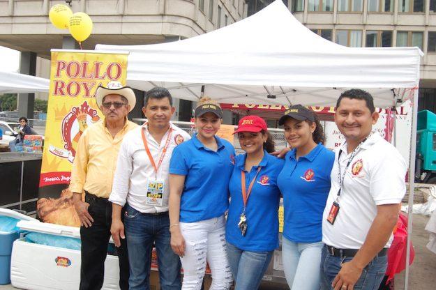 Rudis Ortez, Gabriela Meléndez, Danela Ortez, Rosibel Castro, Saul Ortez y Albertano Ortez de Pollo Royal.