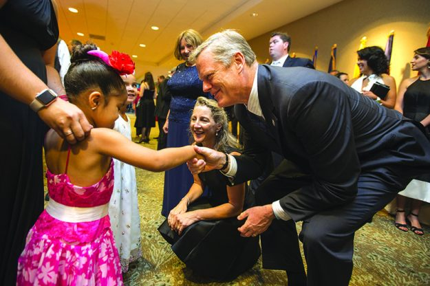 ➥➥ Memorable Night: Governor Charlie Baker and First Lady Lauren shakes hands meet Gelenyze and Alyssa at the 7th annual Milagros Para Niños Gala.