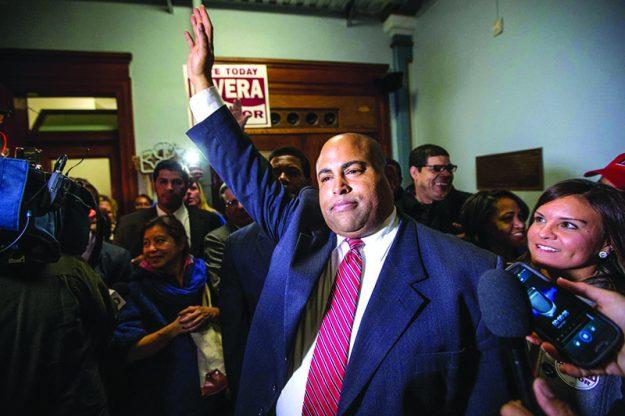 ➥➥ El Alcalde Dan Rivera anunció que se postulará para un segundo mandato.