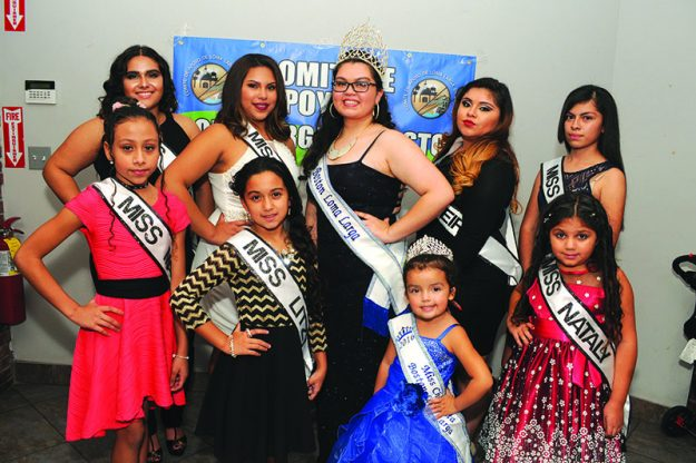 En la foto de izquierda a derecha (arriba): Karla, Amy; Miss Boston Loma Larga 2015- 2016, Jennifer Chavarria; Keiri y Guadalupe. De izquierda a derecha (abajo): Maybelin, Litzy; Miss Chiquitita 2015- 2016, Bailey Estrada y Nataly.