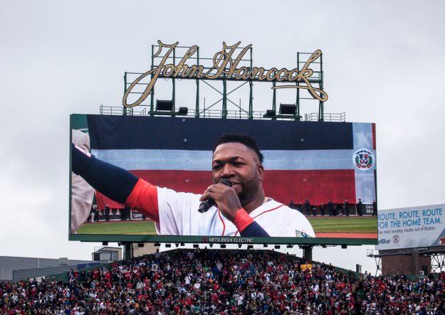 David ofreció un emotivo discurso en el Fenway Park. Foto: Alex Zelaya - El Mundo Boston.