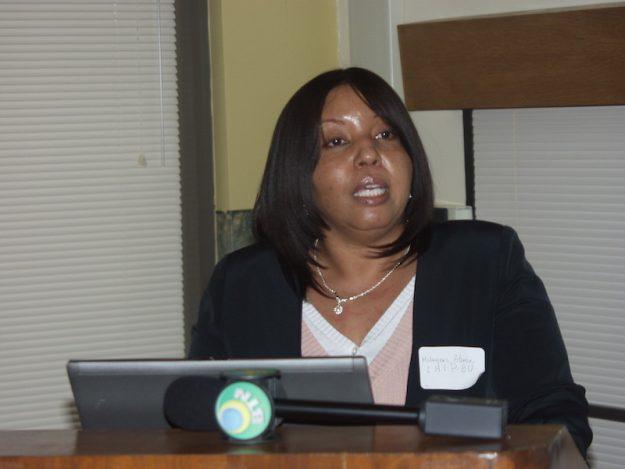 Milagros Abreu, directora de Latinos Health Insurance Program, habla con El Mundo Boston.