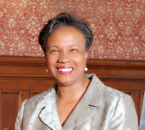 Alcaldesa de Cambridge, Denise Simmons.