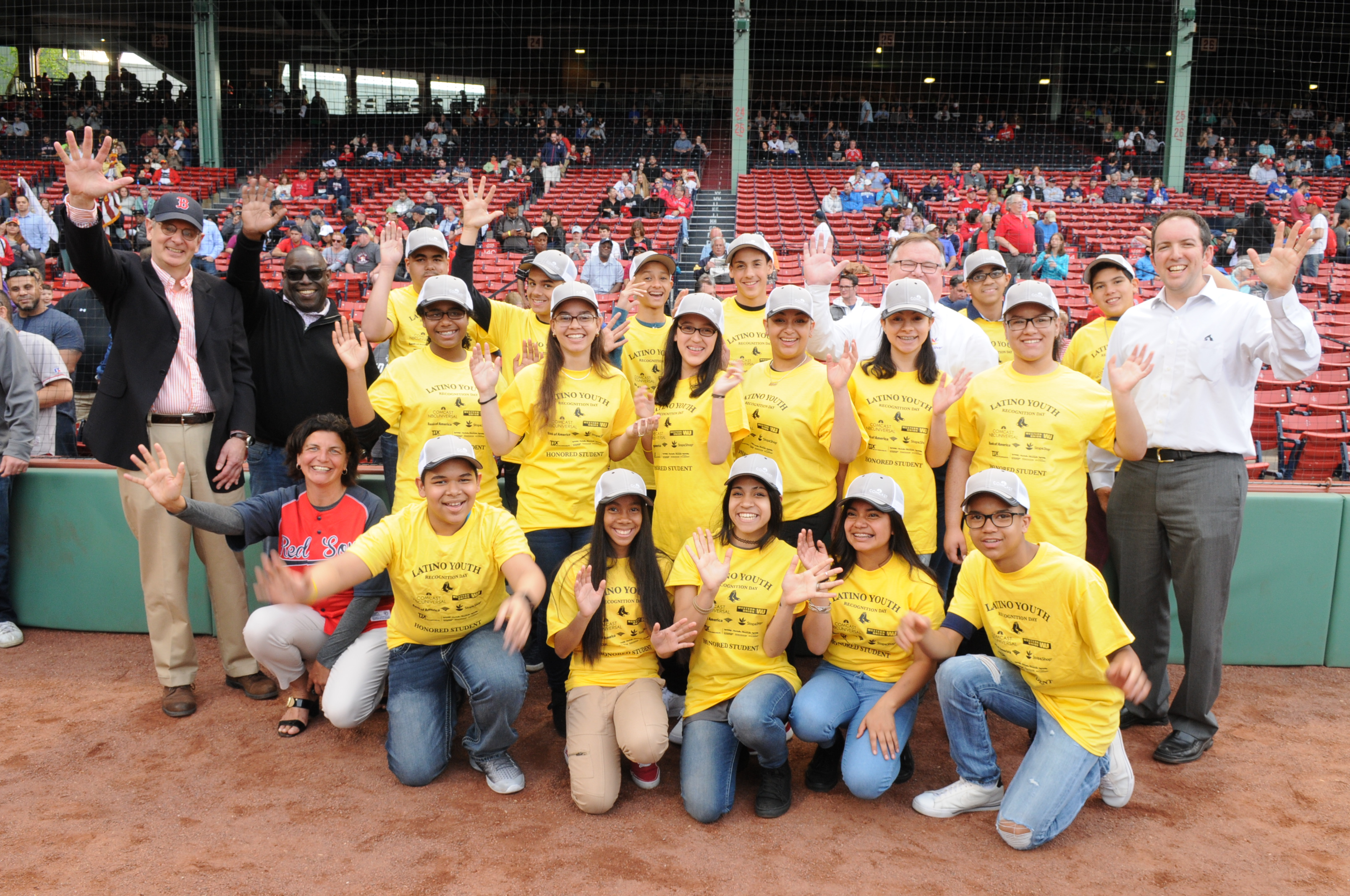 Latino students honored by Red Sox, El Mundo Boston and